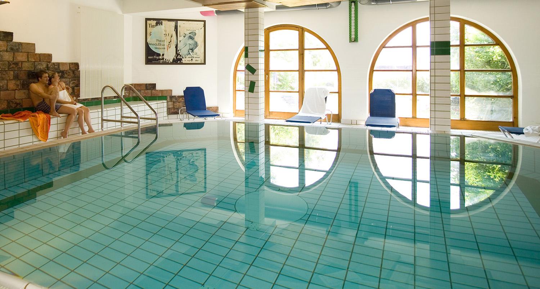 Hallenbad im Appartementhotel Seespitz