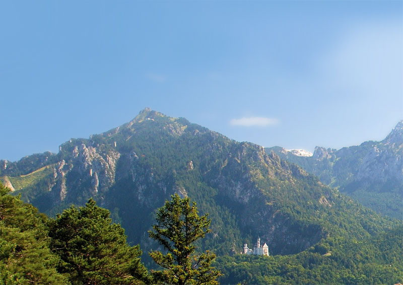 Tegelberg by Füssen, with the castle Neuschwanstein