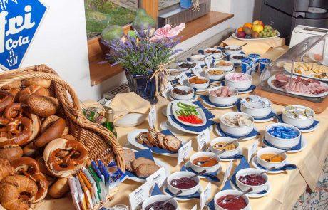 Frühstücken im Seespitz - Ferienwohnungen in Traumlage