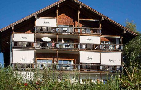 Balkone zur Seeseite Appartementhotel Seespitz Füssen