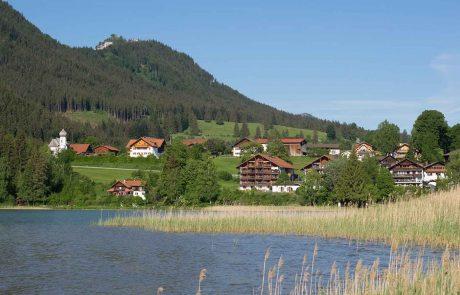 Ausblick vom Weissensee-Rundweg zum Seespitz